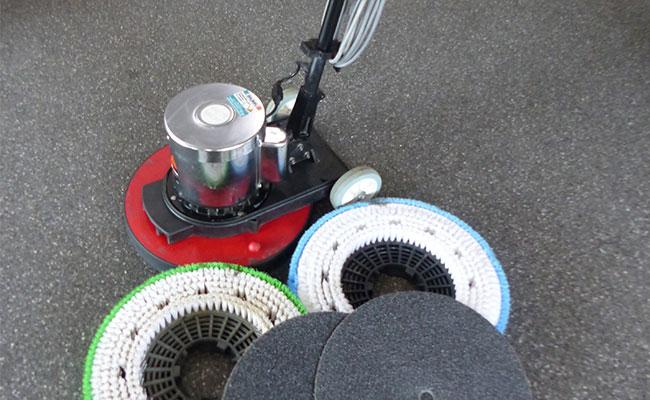Bauma - Garten und Park - Tellerschleifmaschine